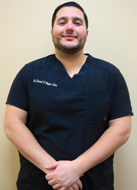 Dr. Daniel Nofar